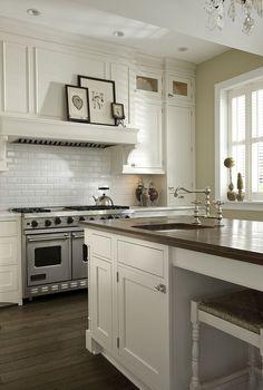 Diy Kitchen Remodel, Home Decor Kitchen, New Kitchen, Kitchen Dining, Kitchen Ideas, Kitchen Wood, Kitchen Art, Kitchen Designs, Beautiful Houses Interior