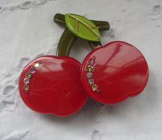 JUICY RED CHERRIES brooch pin 1970s