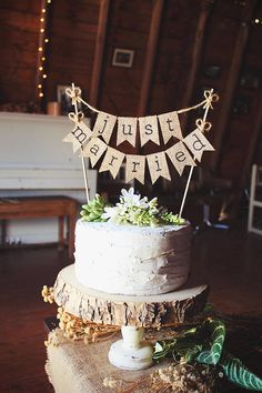 44 best BURLAP CAKE images on Pinterest | Rustic cake, Wedding ...