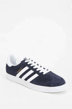 82c96f135 Самых вдохновляющих изображений на доске «Sports footwear»  10 ...