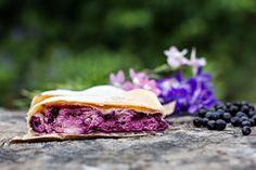 Mehlspeisen/Torten | Mehlspeiskultur Salmon Burgers, Food And Drink, Beef, Ethnic Recipes, Pies, Play Dough, Food And Drinks, Food Food, Bakken