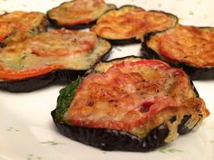 Yummy Eggplant Pizza. Low Carb/Gluten Free/Vegetarian/Egg Free !!