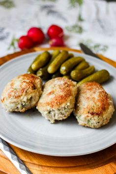Kotlety mielone z cukinią - mniam! Sausage, Cooking Recipes, Favorite Recipes, Meat, Chicken, Food, Polish Food Recipes, Sausages, Chef Recipes