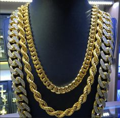 From simple, classic styles to diamond encrusted designs, men's gold chains are the ultimate piece of men's jewelry. Admired by the world's hottest celebrities and hip hop artists. Gold Jewelry, Women Jewelry, Fashion Jewelry, Fine Jewelry, Jewellery, Gold Chains For Men, Gold Diamond Earrings, Gold Ring, Diamond Jewelry