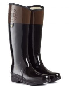 Hunter Ladies' Regent Carlyle Wellington boots......I WANT THESE