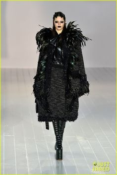 kendall jenner marc jacobs fashion show nyfw 01