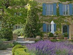 Saumane, Vaucluse... Via La Ferme aux Lavandes, à Sault en Provence