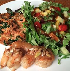 Day 6 of #the21daysugardetox is gonna rock as today is when we do our once monthly grocery shopping at the #sacramentocoop! Yesterday dinner of detox approved salmoncakes, leftover shrimp and salad. Eat well. Be merry. With or without seafood!