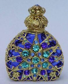 perfume de cristal hechos a mano en la República Checa