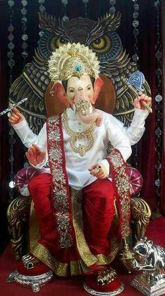 Shri Ganesh Images, Shiva Parvati Images, Ganesh Chaturthi Images, Ganesha Pictures, Krishna Hindu, Shree Ganesh, Durga, Ganesh Idol, Ganesha Art