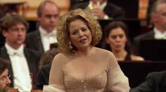 Renée Flemming: Franz Schubert - Three Songs for Orchestra and Soprano (...