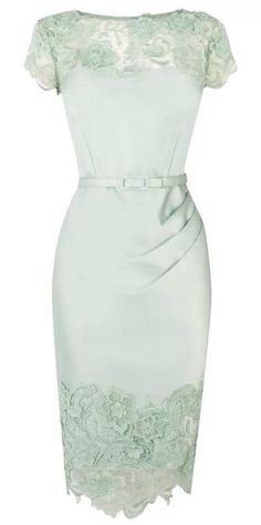 Im in love with this mint dress!!!