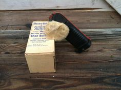 Check out this item in my Etsy shop https://www.etsy.com/listing/197695757/vintage-swank-shoe-shiner-cordless
