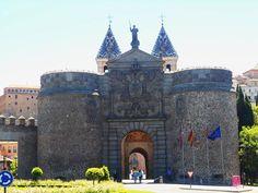 Puerta de la Bisagra. Toledo.