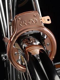 Cigno la Bicicletta - front wheel lock