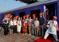 Plan your trip to Maharashtra through Deccan Odyssey train which is the Asia's Leading luxury train. Luxury train offers 7 nights and 8 days trip trip in India. Train Vacations, Weather In India, Valentines Day Coloring Page, Royal Indian, Backpacking India, Train Tour, India Culture, Visit India, Train Journey