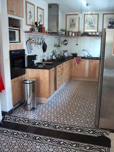 1000 images about cement tiles on pinterest encaustic - Cuisine avec carreaux de ciment ...