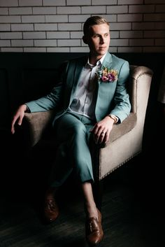 It's off to the races with this queer wedding with lovely spring colors and derby vibes! Pour the bourbon, and saddle up. Groom Wear, Groom Attire, Groom And Groomsmen, Modern Groom, Green Suit, Shades Of Teal, Ceremony Backdrop, Groom Style, Thoroughbred