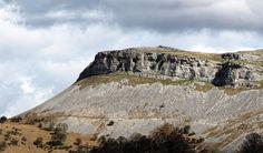The Eglwyseg Escarpment near Llangollen Wales Uk, North Wales, Celtic Nations, Designated Area, Celtic Symbols, Cymru, Places Of Interest, Mountain S, Days Out