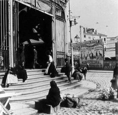 1910. Entrada al mercado de la Cebada. | Flickr: Intercambio de fotos