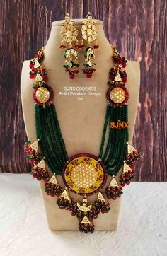 Long Chain Necklace, Necklace Set, Gold Jewellery Design, Gold Jewelry, Beginner Henna Designs, Indian Jewelry Sets, Mehndi Art Designs, Temple Jewellery, Necklace Designs