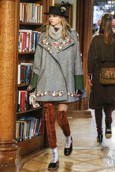 db6ae95cc7e359 1843 meilleures images du tableau Mode en 2019   Woman fashion ...