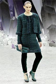 Sfilata Chanel Paris - Collezioni Autunno Inverno 2012-13 - Vogue