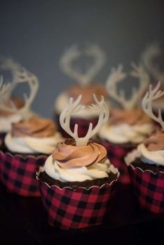 Throw a rustic holiday party with reindeer themed cupcakes. Cupcake Party, Cupcake Cakes, Cup Cakes, Rose Cupcake, Gateau Baby Shower, Shower Cake, Shower Favors, Shower Invitations, Lumberjack Birthday Party
