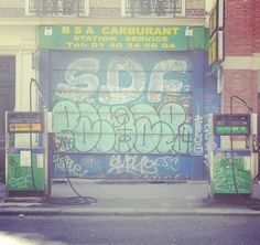 #InstaTags4Likes #streetphotography #streetphotographer #igers #igersparis #igersoftheday #StreetArtParis #streetphoto #instagood #streetart #graffiti #instagraffiti #paris #blog #tourisme