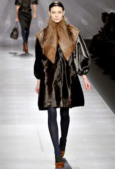 Fendi fw2012 opening look. Someone make this w/faux fur. Please and thank you.
