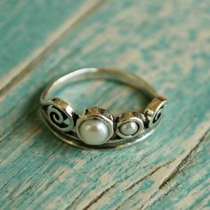 Hot Deal today-only $30 reg. $49 Freshwater pearls and sterling silver ring #pearljewelry#pearls#handcraftedrings