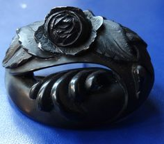 antique Victorian Whitby Jet fine carved rose flower cameo pendant brooch -C72