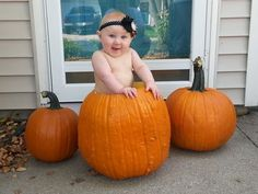 Babies_in_pumpkins