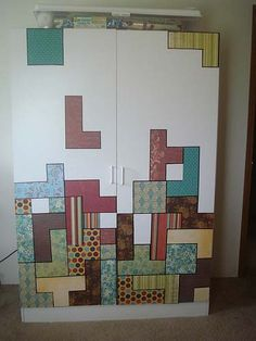 Tetris Cabinet.. @Courtney Sobert I dunno if you know but Taco would play tetris on our gameboys and she rocked it! She needs this!!!