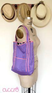 Accrô | Sophie skulls shoulder bag. I want one!