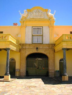 Kasteel die Goeie Hoop - Cape Town, Western Cape South Africa SA: Day 4 - Pass by the Castl eof Good Hope on the Cape Town City Tour Clifton Beach, Cape Town South Africa, Port Elizabeth, Pretoria, The Beautiful Country, Most Beautiful Cities, Places Ive Been, Safari Chic, Entrance