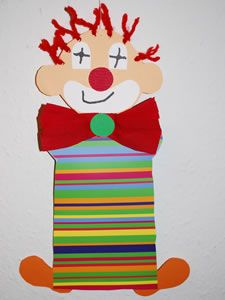 Clown … - Crafts for Teens Clown Crafts, Circus Crafts, Carnival Crafts, Circus Art, Circus Theme, Arts And Crafts For Adults, Crafts For Kids, Diy Butterfly Costume, Clown Party