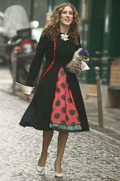 Carrie Bradshaw Style on Sex and the City | POPSUGAR Fashion Photo 1