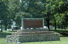 USMCEntrancewayMissouri - Federal Bureau of Prisons - Wikipedia Federal Bureau, Criminal Law, Medical Center, Prison, The Past, United States
