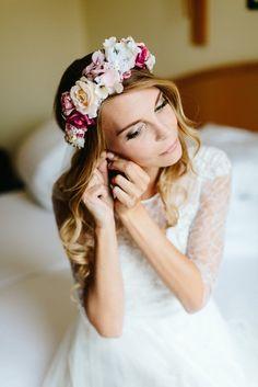 We Are Flowergirls- Flowercrown- Weddingcrown_ Headpiece-Accessoire-Handmade-Hairaccessoire- Headband Boho, Handmade Flowers, Flower Crown, Headpiece, Design, Wedding, Collection, Fashion, Accessories
