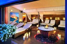 Happy Hollidays, Zell Am See, Cheap Hotels, Hotel Deals, Outdoor Furniture, Outdoor Decor, Sun Lounger, Dining Table, Patio