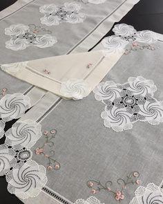 Crochet Purse Patterns, Crochet Purses, Crochet Doilies, Knitting Patterns, Viking Tattoo Design, Viking Tattoos, Sunflower Tattoo Design, Homemade Beauty Products, Kind Mode