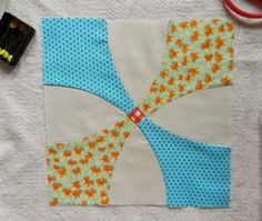 Molly Flanders Makerie: Sewing Curves and Piecing! Snowball block tutorial