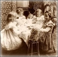 Primarily Primitives by abigailes_mommy: More Vintage Children Photos