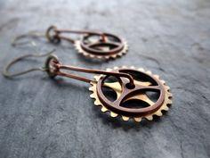 Spinning steampunk industrial gear earrings by LostSparrowJewelry