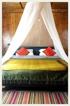 bohemian bedroom. Looks perfect for a vacation house.