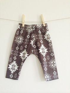 Baby Tribal Aztec Print Harem Pants // Boys Tribal Print Leggings // Girls Aztec Leggings// Stylish Clothes // Hipster Baby // Modern Baby