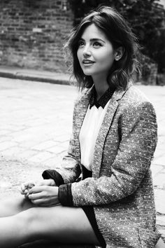 jenna-louise-coleman-for-flaunt-magazine-by-jessie-craig_9.jpg (1200×1800)