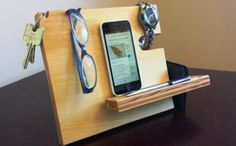 Dynamic Organizing Stands - The Catchall is a Stand for Your Small Accessories