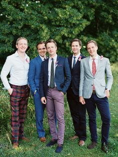 2014 Wedding Trends | Styled Grooms | We love this groom + his groomsmen in their laid back, but stylish suits!